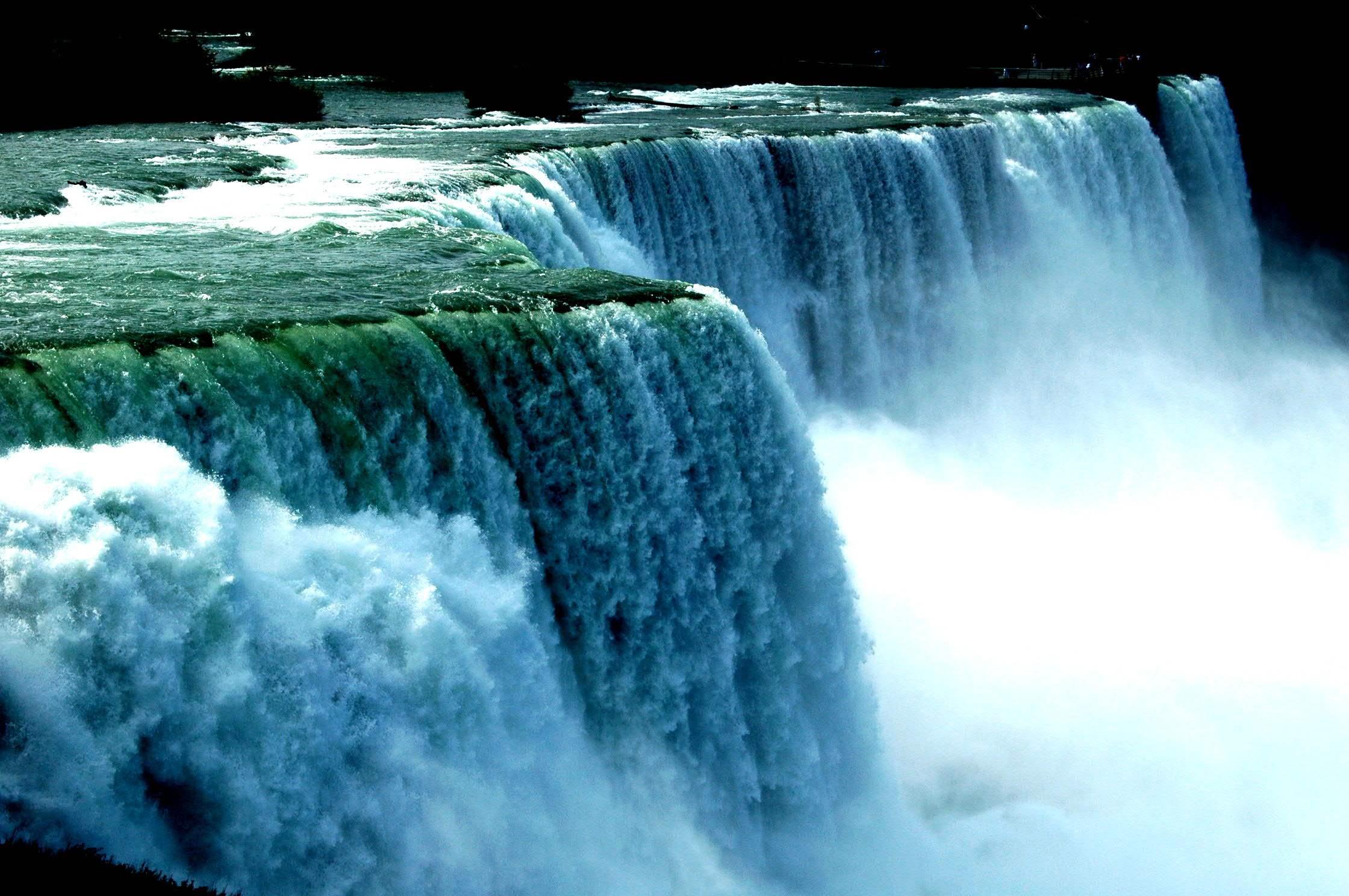 壁纸 风景 旅游 瀑布 山水 桌面 2240_1488